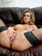 Big-chested mature dame Brandi Enjoy..