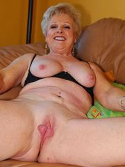 Matures and Milfs Online Now Doing Web..