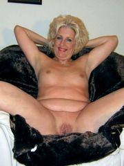 12 insatiable moms exposing their still..