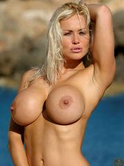 Blonde Recruit Sasha Actiongirls
