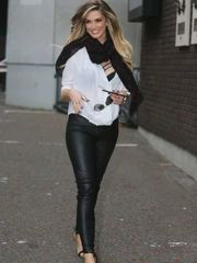 Delta Goodrem uber-sexy  The Fappening..