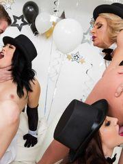 Especial Año Nuevo (ORGÍA) - Chanel,..