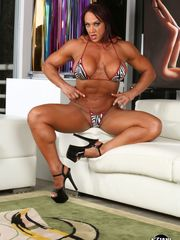 Mature female bodybuilder Amber Deluca..