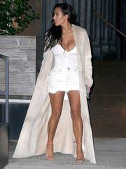 Kim Kardashian Bosom Candids in New..