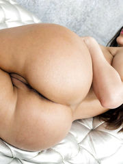Pictures of humungous assed Latina..