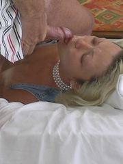 First-timer porno - anal invasion..