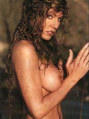 Krista Allen flashing her bare vagina..