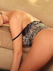 Amanda Righetti Cock-squeezing Opened..