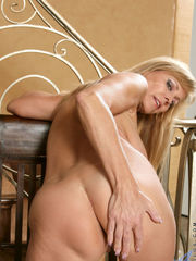 Porn Pic From mature 13 Hook-up Image G