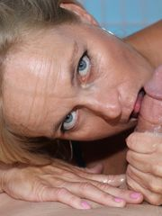 Old ash-blonde gal Dani Dare bares her..