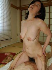 TOSHIKO KIMURA MATURE Pornography