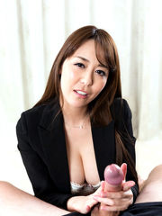 Chinese gal drains off a man-meat and..