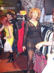 Jeanne Marie showcases poon