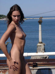 nude-in-russia introduce young woman..