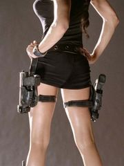 Lara Croft- Angelina Jolie..