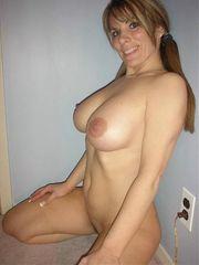 Massive titties curves want display..