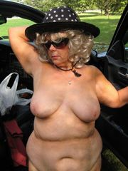 Archive contains photos of nude moms