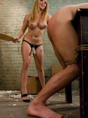 Busty domme Aiden Starr penetrates her..