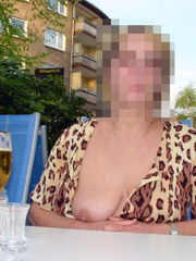 Nasty mature wifey poses nude outside..