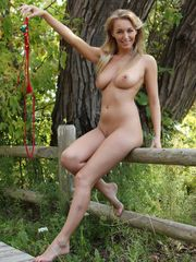 Mature exhibs posing bare at the public..