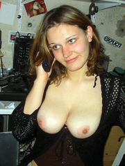 Hook-up starved housewife shows off all..