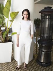 Claire Foy Pics  71 CLAIRE FOY S FEET..