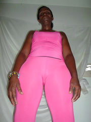 Black mature take off pink clothes and..