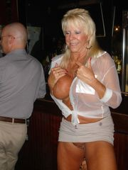 Real Tampa Swingers Our April Bar Meets..