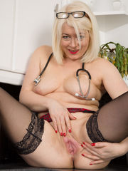 AllOver30Free- Red-hot Aged Women - 43..