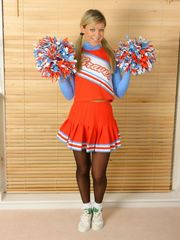 Celeb Hosiery: Cheerleaders