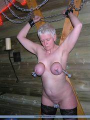 Woman  - Inexperienced Bondage &..