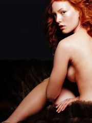 Alicia Witt pokin39 thru Alicia Witt t..
