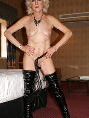 Mixed fetish porno pictures with mature..