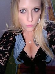 MICHELLE Big-titted Blond 23*..