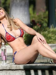 Tiffany Toth Pictures Hotness Rating..