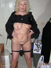 Wondrous Nude Mature Ladies