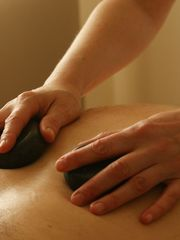 Stone Rubdown - Nicky Shechter Therapies