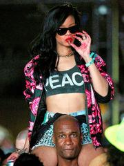 Rihanna 15 Iconic Moments From Pornstar..