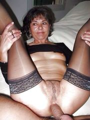 Sizzling mature ladies  pics