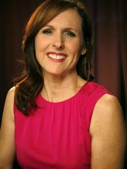 Shaker Heights native Molly Shannon..