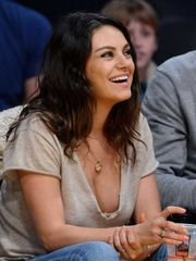 Mila-Kunis-Watching-Lakers-Game-at-Stap..