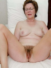 Mature & Grandma 54 - 130 Pictures -..