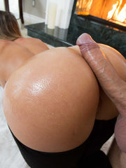 Cali juggles her gorgeous butts,..