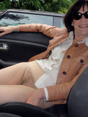 Naked mature gfs in the car