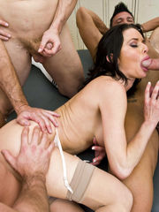 Veronica Avluv anal ravaged and spunk..