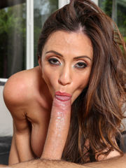 Ariella Ferrera - Mummies Like It..