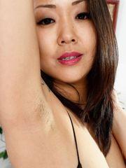 Saya Song - All All-natural Unshaved..