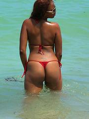 Naked dark-hued mature women, GFs and..