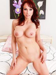Super-fucking-hot Mummy Nicki Hunter..