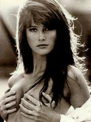 Angie Everhart SemiFull Naked Photoshoots